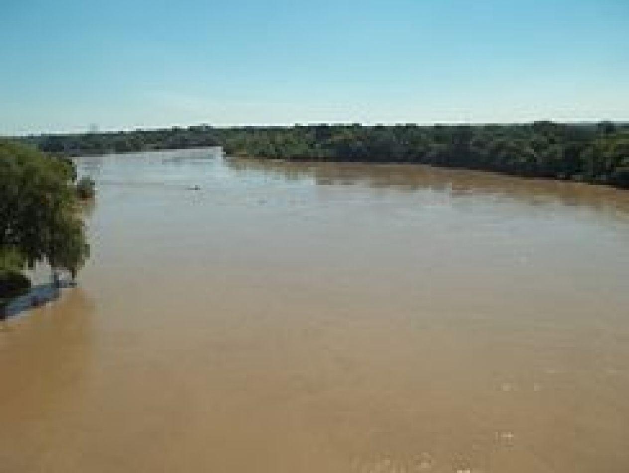 Encontraron un cadáver a orillas del Río Bermejo