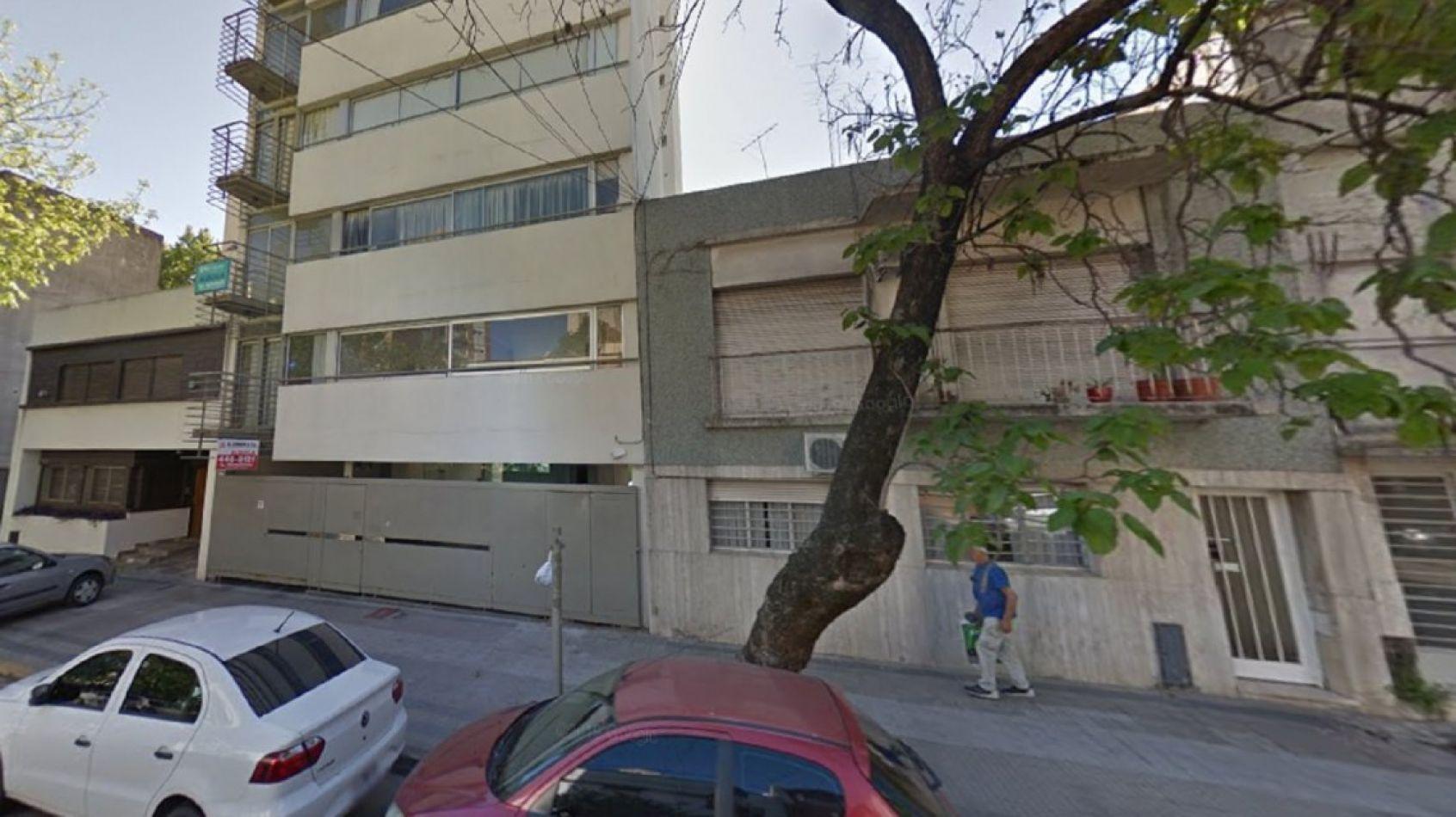 Mujer embarazada murió tras caer de un sexto piso: su pareja fue detenida