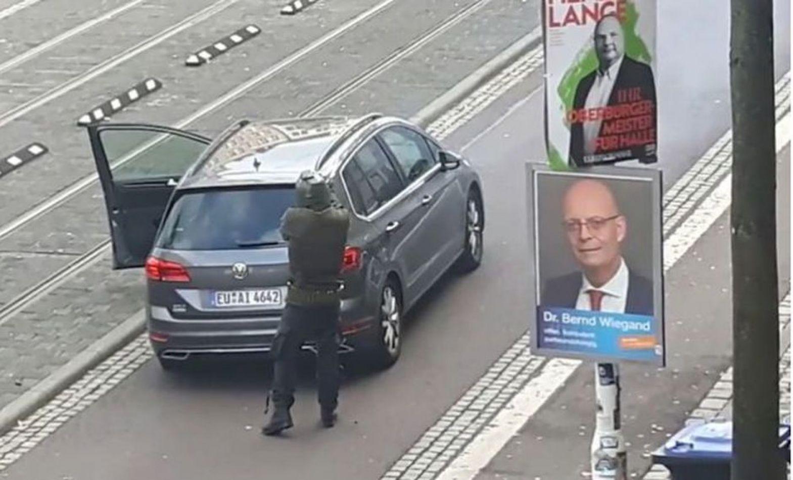 Dos personas murieron tras dos ataques cerca de una sinagoga en Alemania