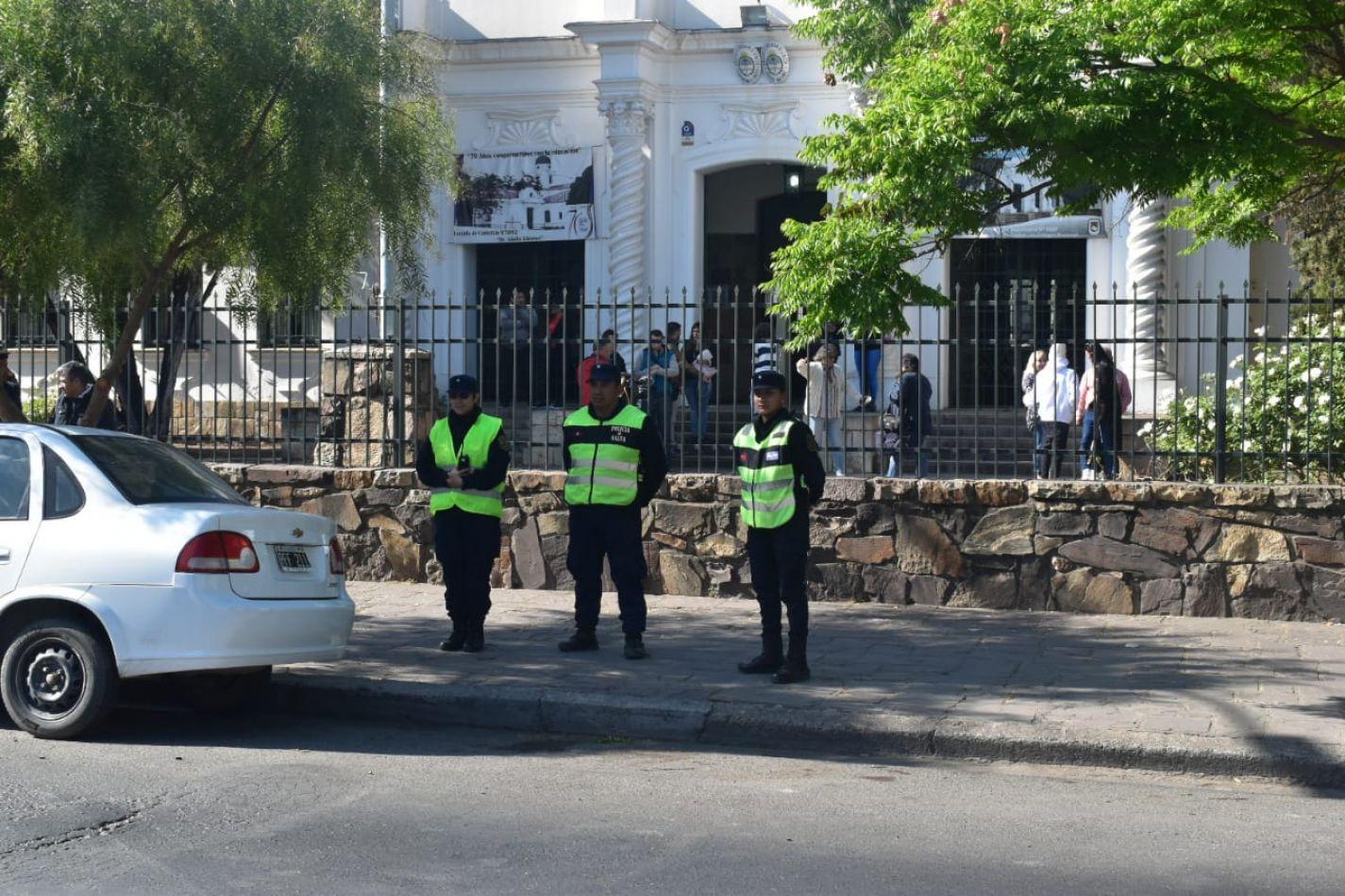 Más de 8 mil policías brindarán seguridad en las elecciones provinciales