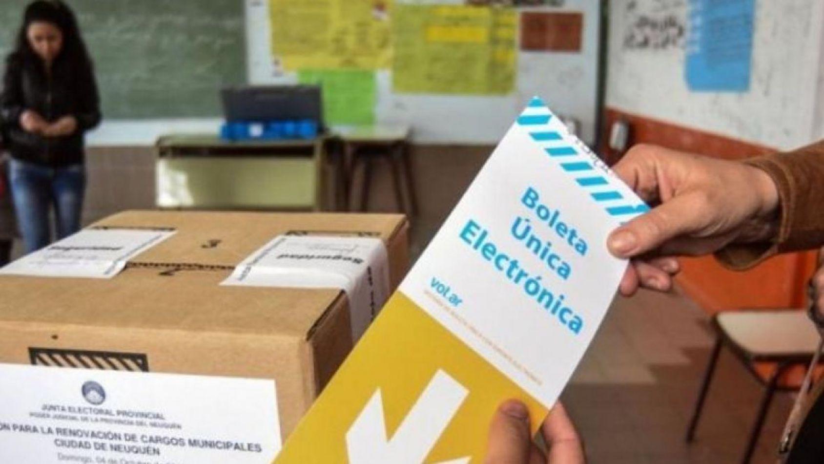 """En conferencia, candidatos denunciaron """"irregularidades"""" de cara a las elecciones"""