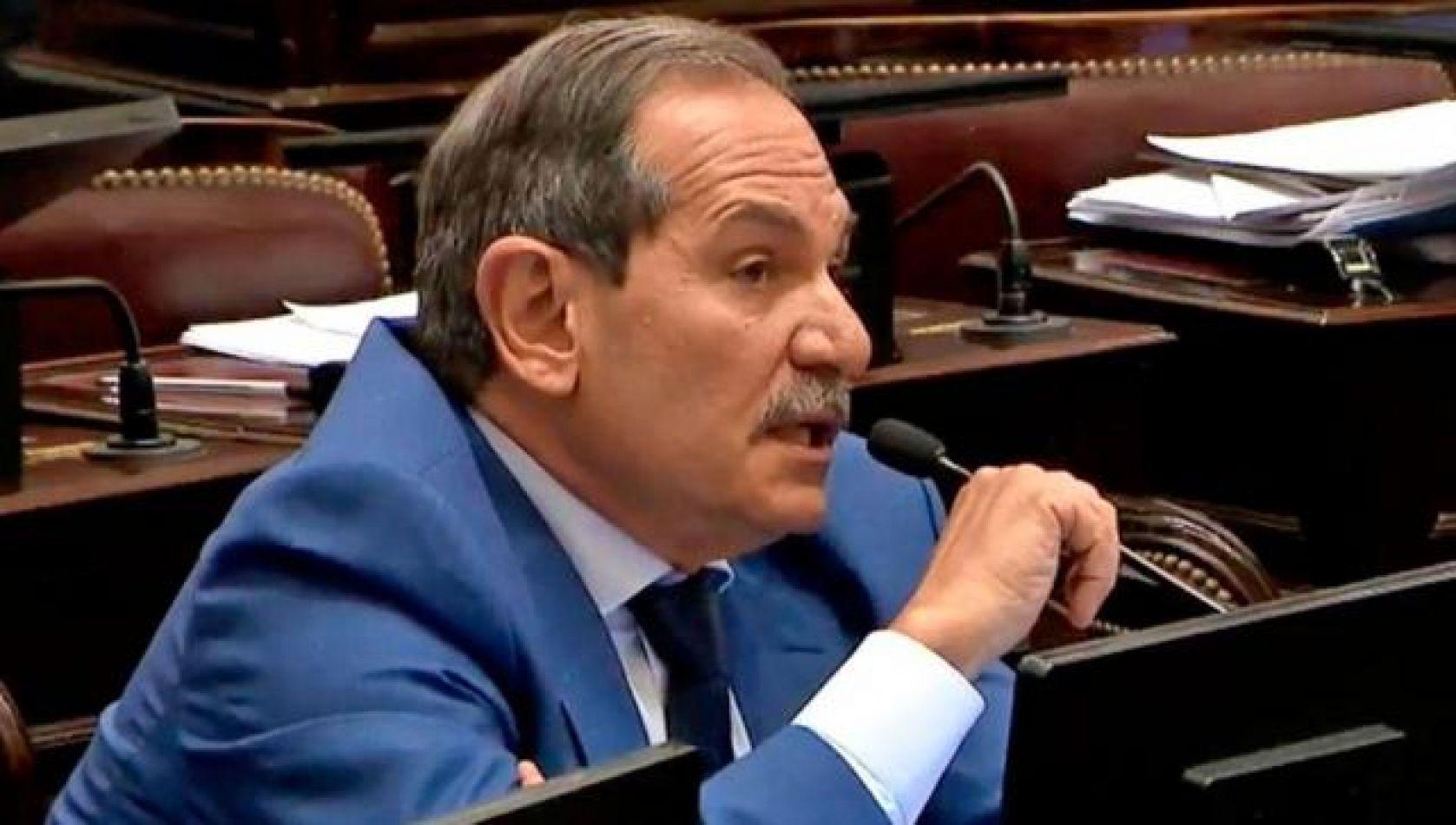 Alperovich presentó el pedido de licencia como senador tras la denuncia de violación