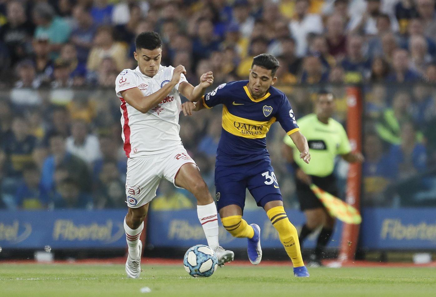 Boca y Argentinos empataron y comparten la punta