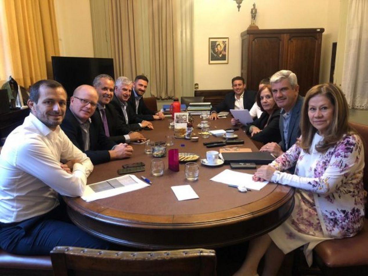 """En Diputados se conformó el bloque """"antigrieta"""" y tiene a Zottos como integrante"""
