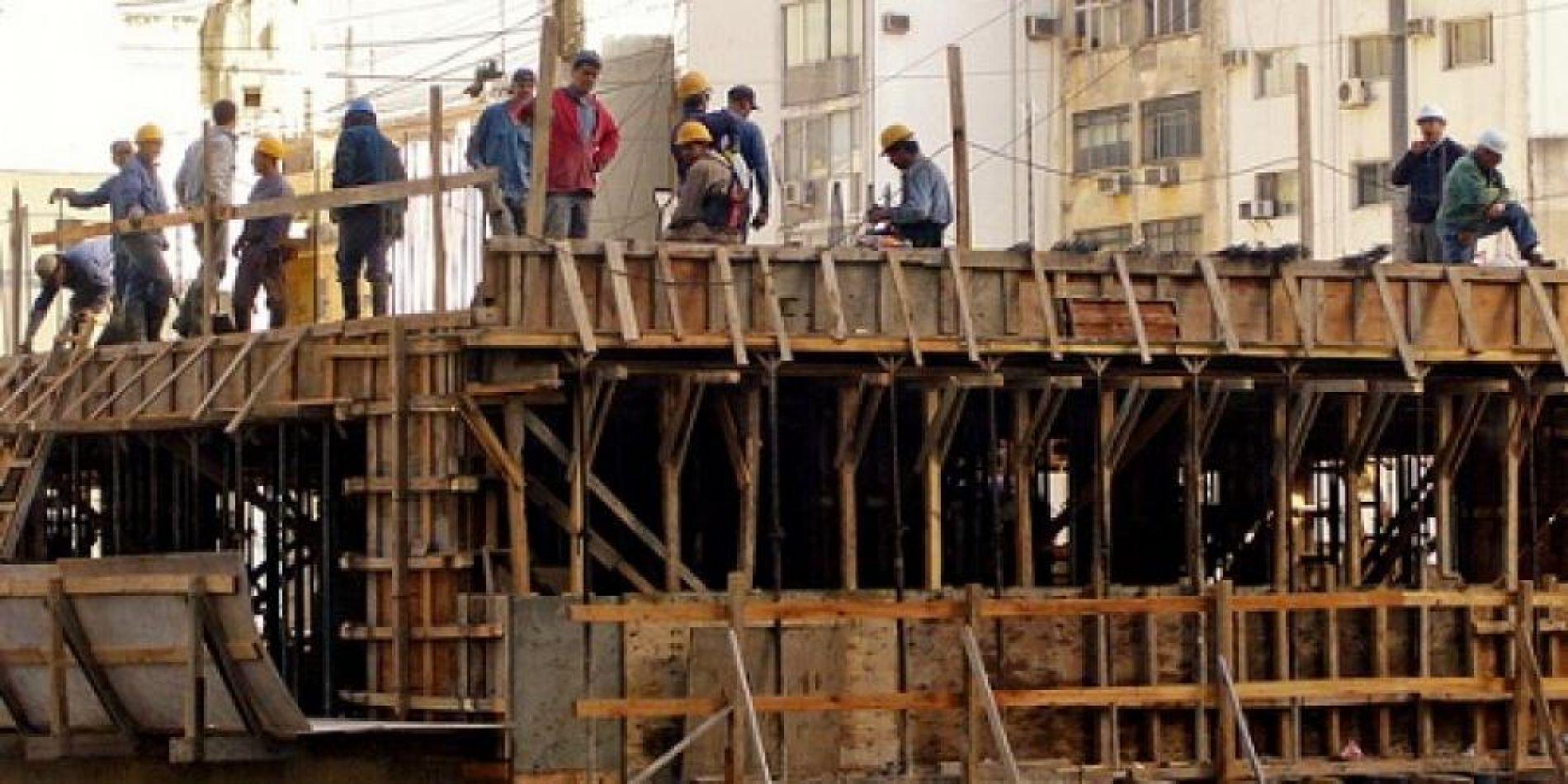 La construcción disminuyó un 9,5 % en octubre