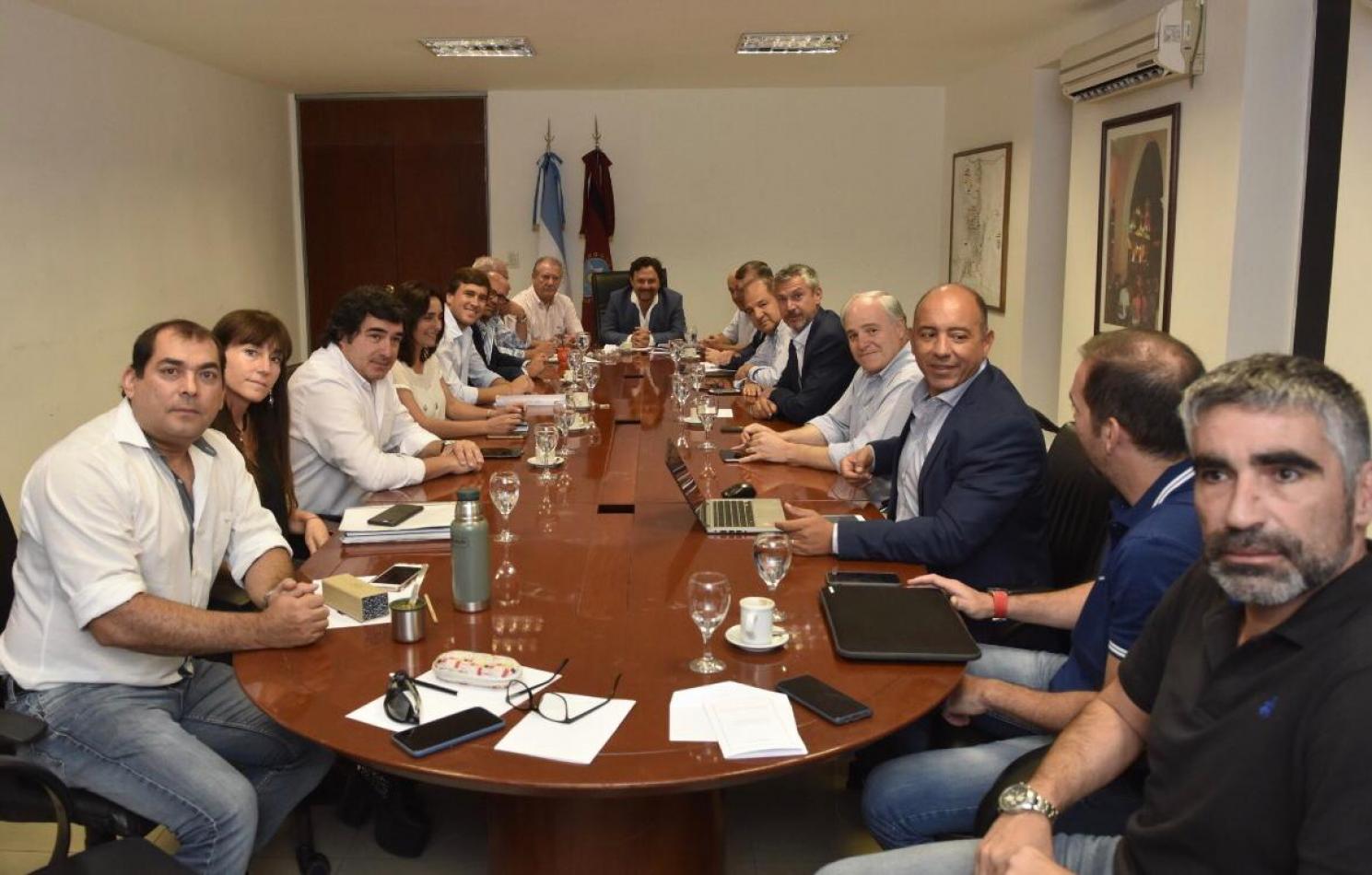 Uno por uno: cómo se compone el nuevo gabinete de Sáenz
