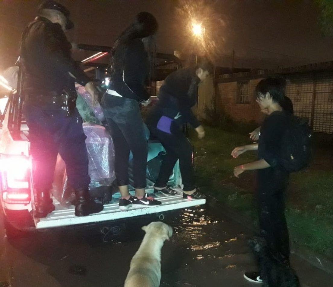 Asistieron a 52 familias en toda Salta por el temporal del viernes