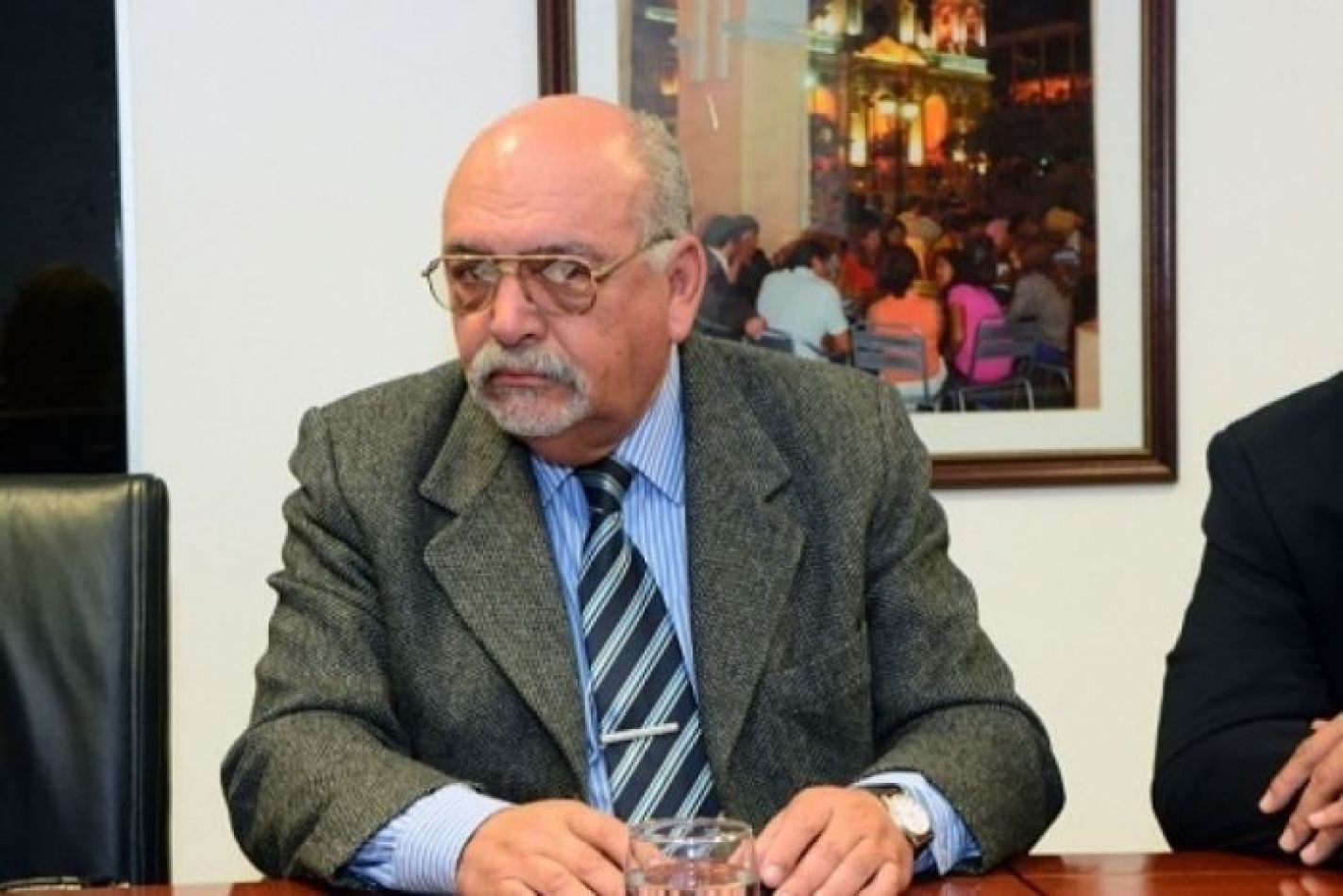 51163-cesar-oveja-lvarez-sera-nuevo-asesor-politico-de-la-municipalidad