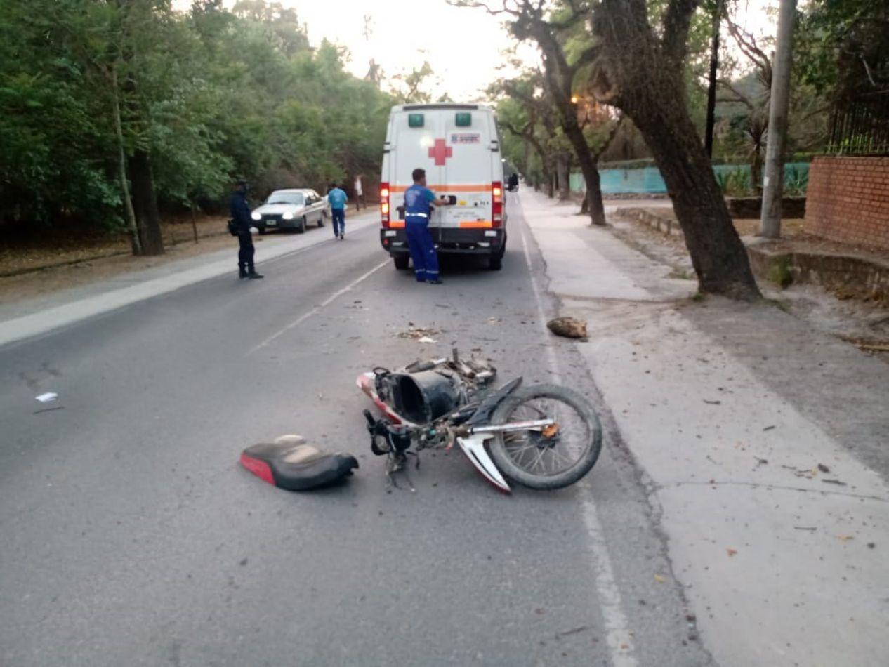 Joven de 20 años murió tras chocar su moto contra un árbol