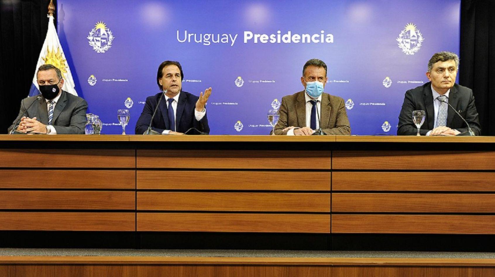 Uruguay cierra sus fronteras durante el verano