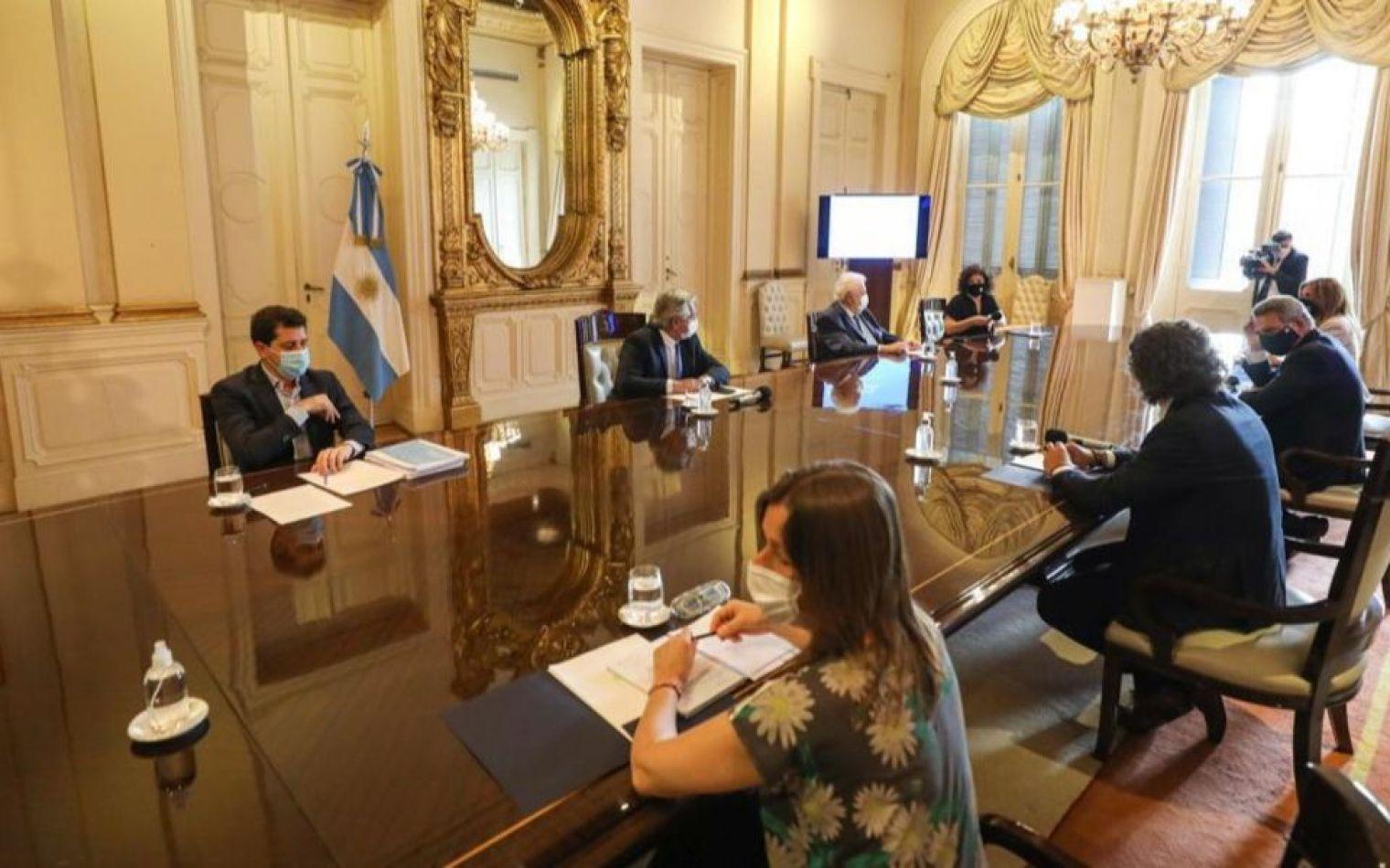 Coronavirus en Argentina: la campaña de vacunación comenzará en la primera quincena de enero