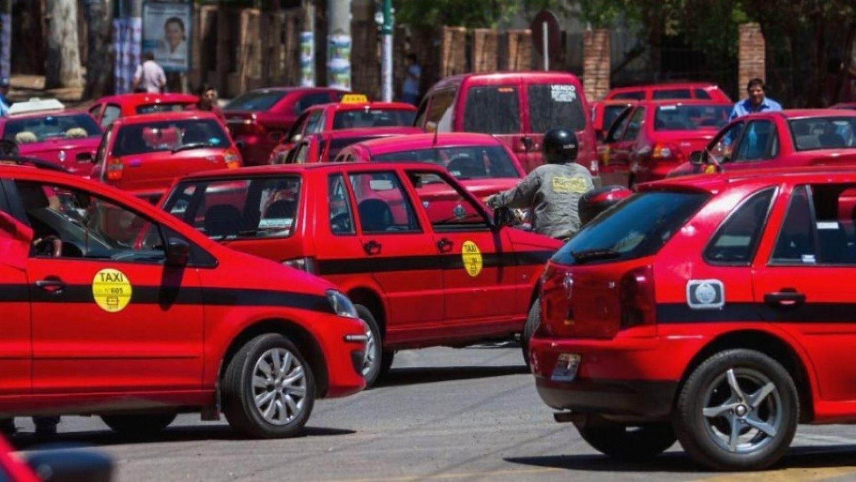 Detectan a un taxista conduciendo totalmente ebrio