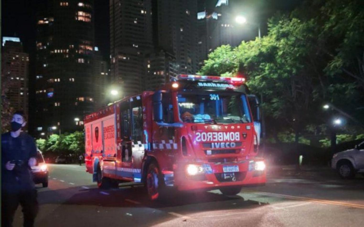 Niña de 6 años cayó desde el quinto piso de un edificio: está viva
