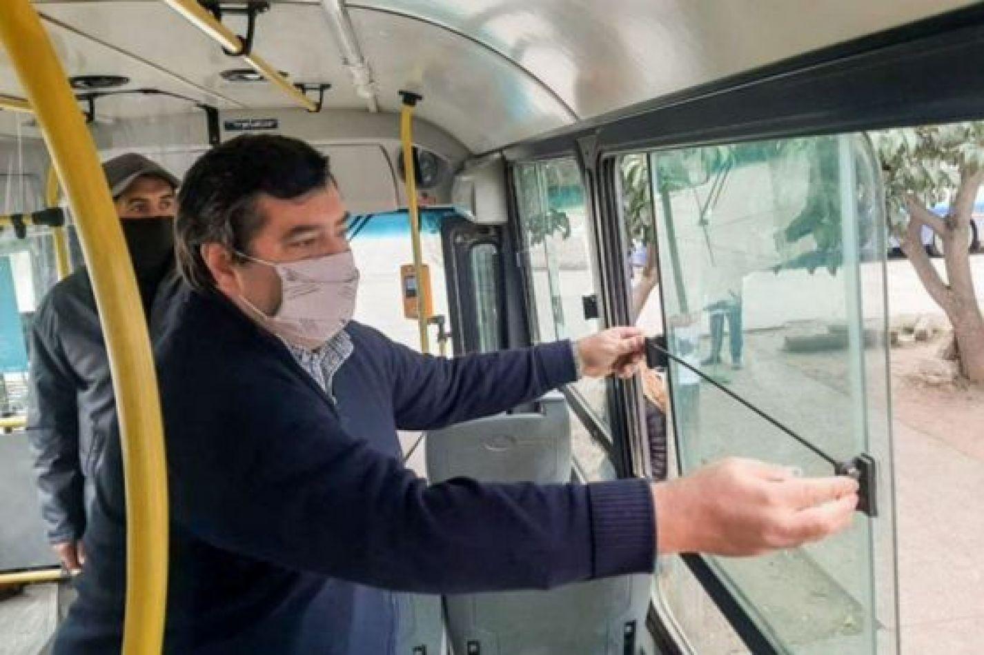 Viaje en colectivo durante la pandemia: no todas las ventanas deben ir abierta