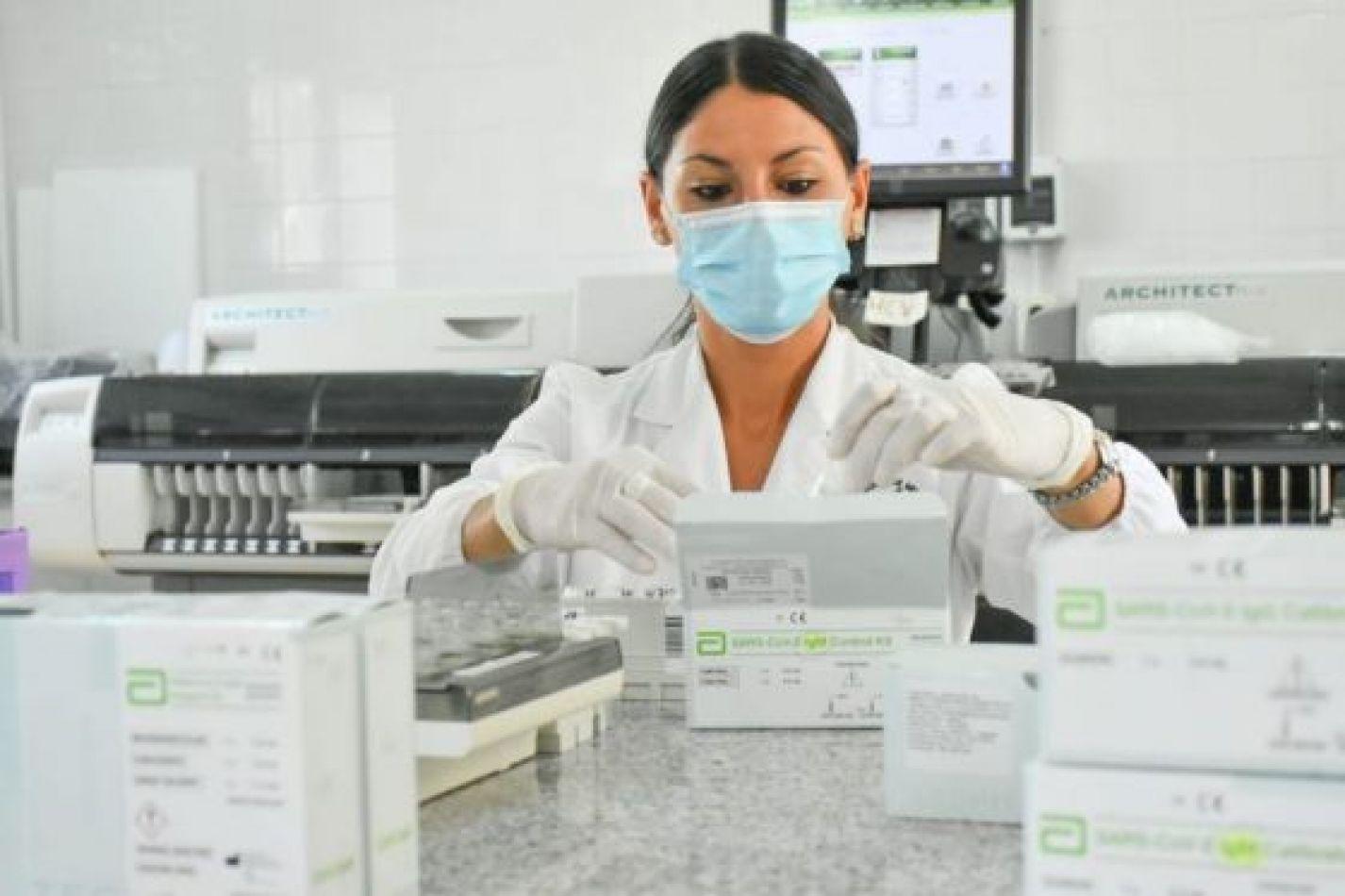 Se registraron 433 nuevos casos y 21 muertes por coronavirus en la provincia