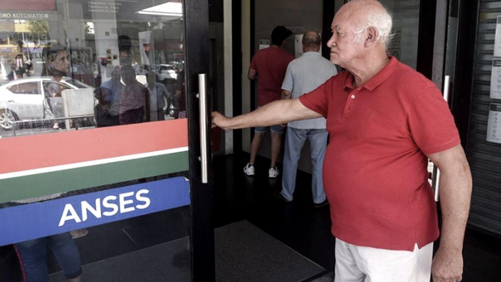 Anses anunció el cronograma de pago del bono de $5000 para jubilados