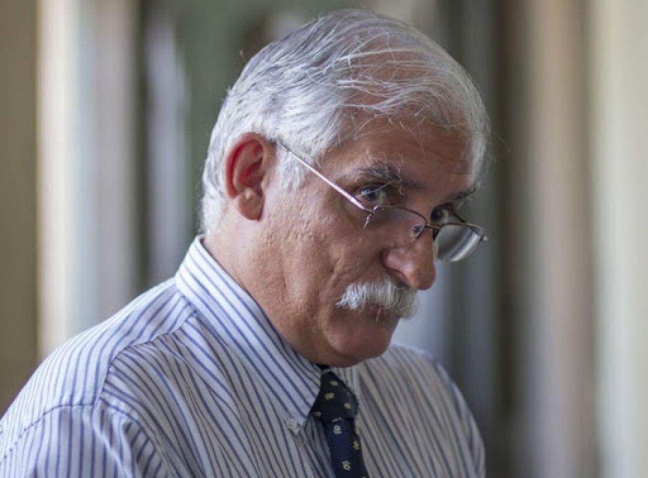 Carlos Zapata se impone en la interna de la oposición
