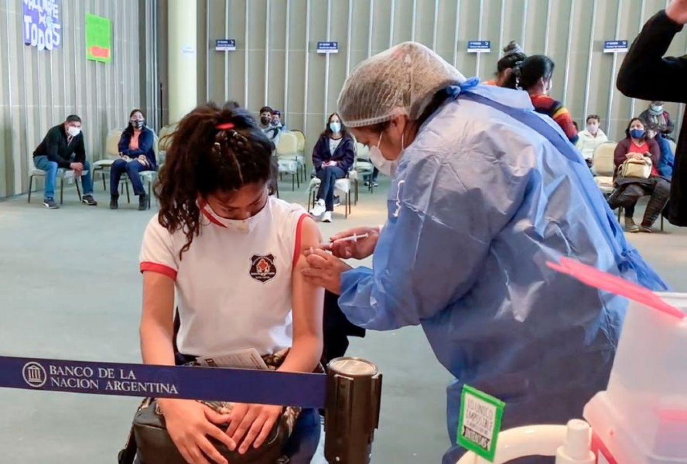 Desde este martes inicia la vacunación en escuelas de menores de entre 3 y 11 años