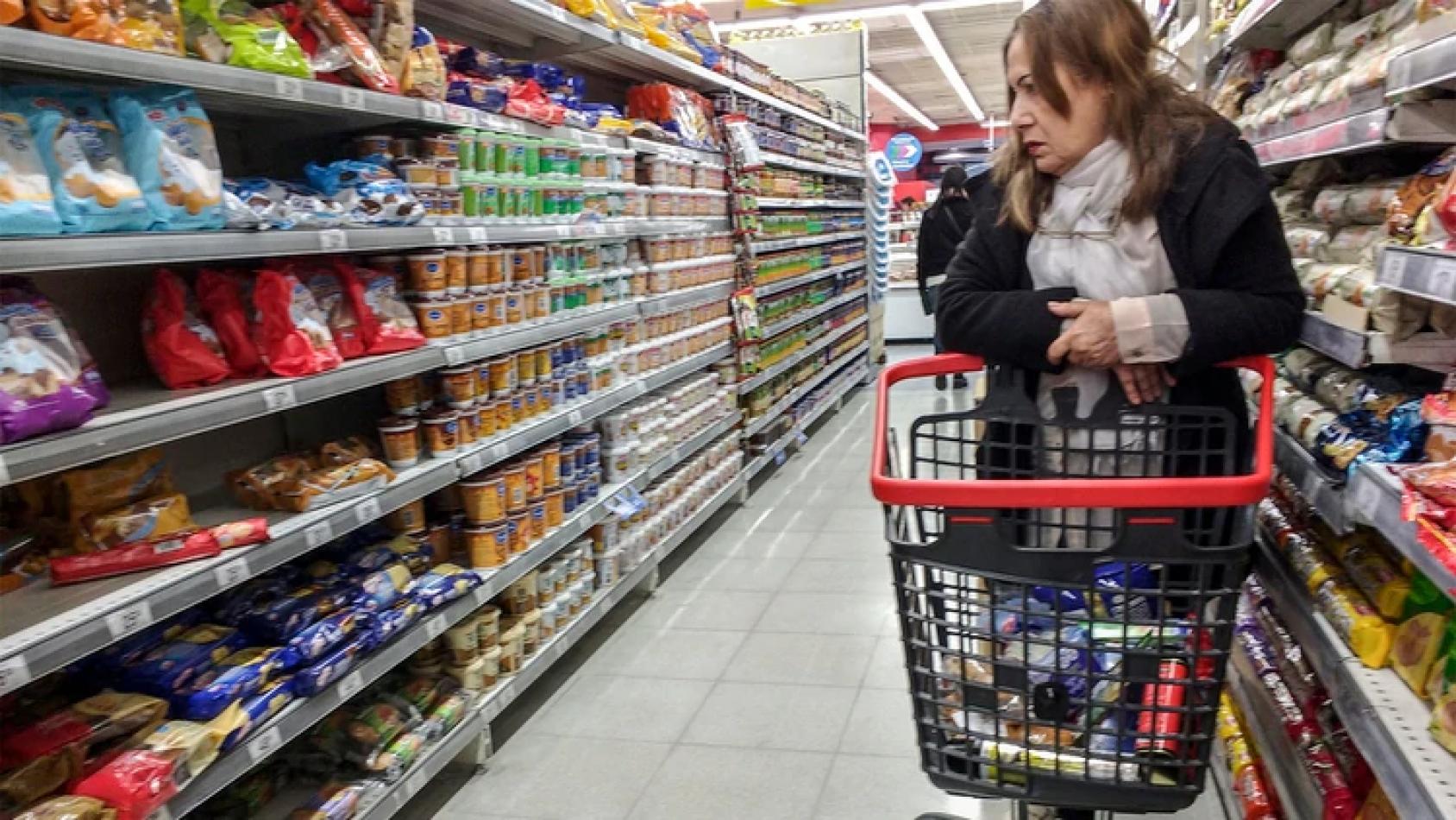 El Gobierno congeló los precios de los productos de consumo masivo hasta el 7 de enero