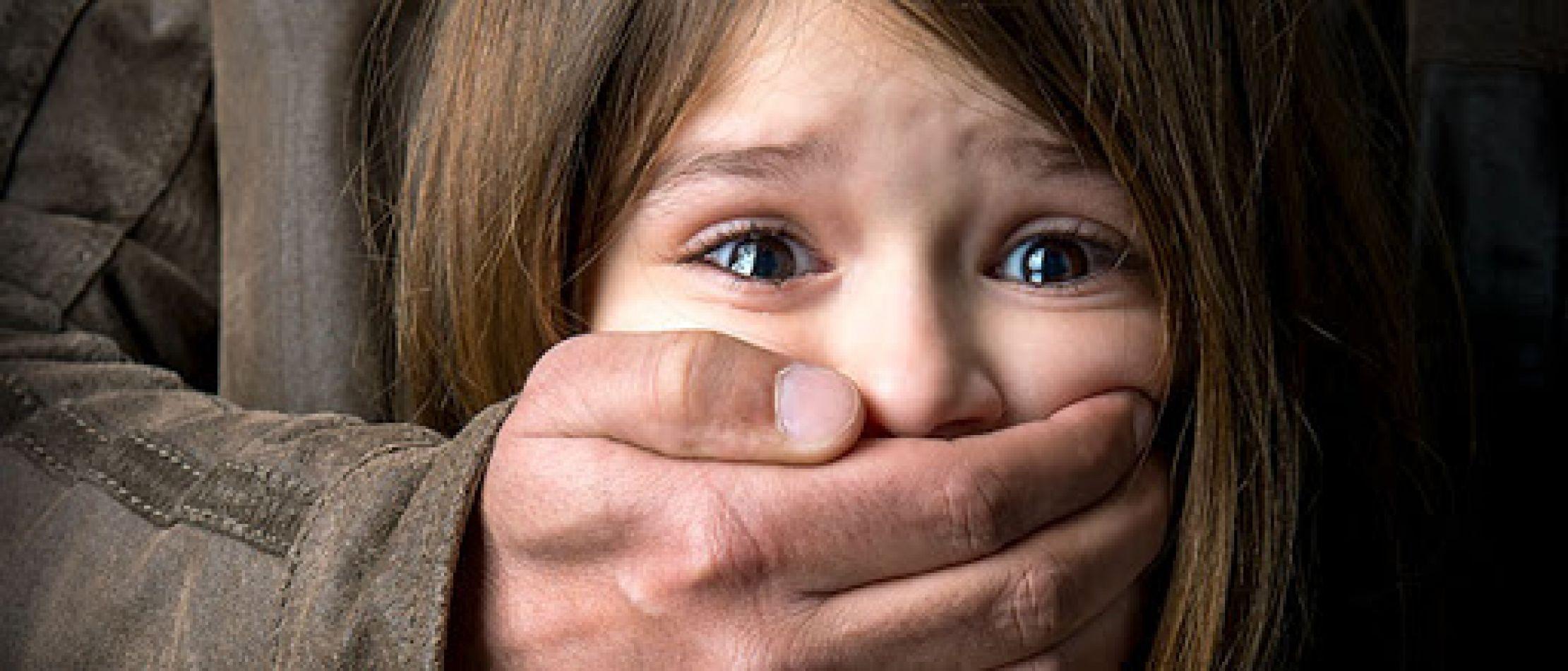 13 años de prisión para un primo que abusó de menores de edad